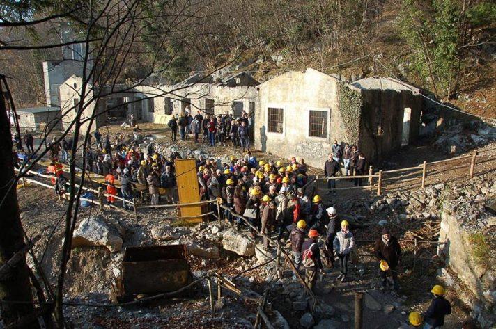 Visite guidate alle miniere con le guide dell'Associazione Miniere di Dossena