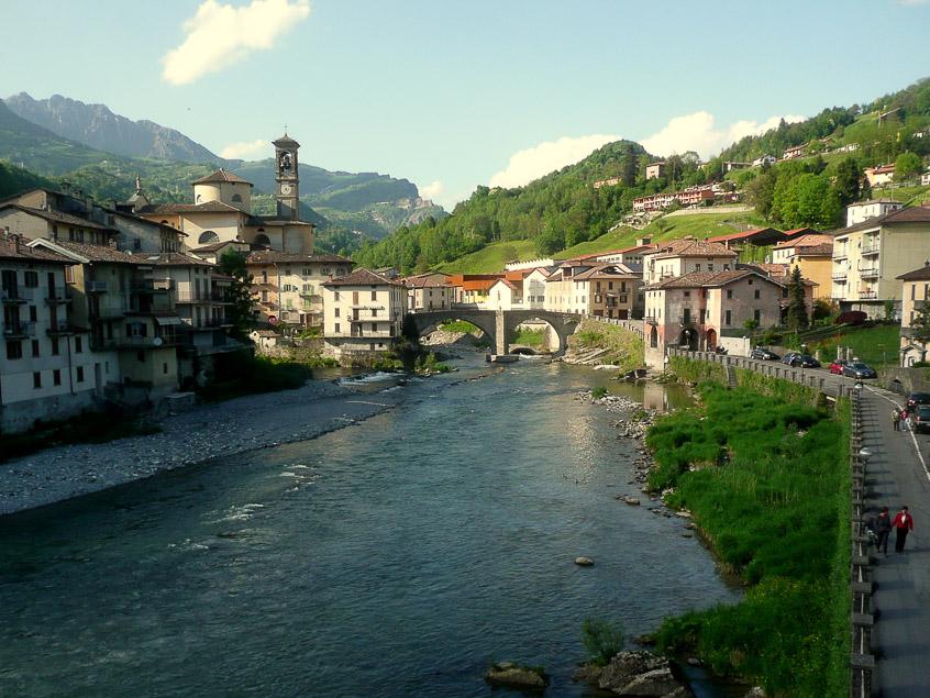 Via Arlecchino e Ponte Vecchio