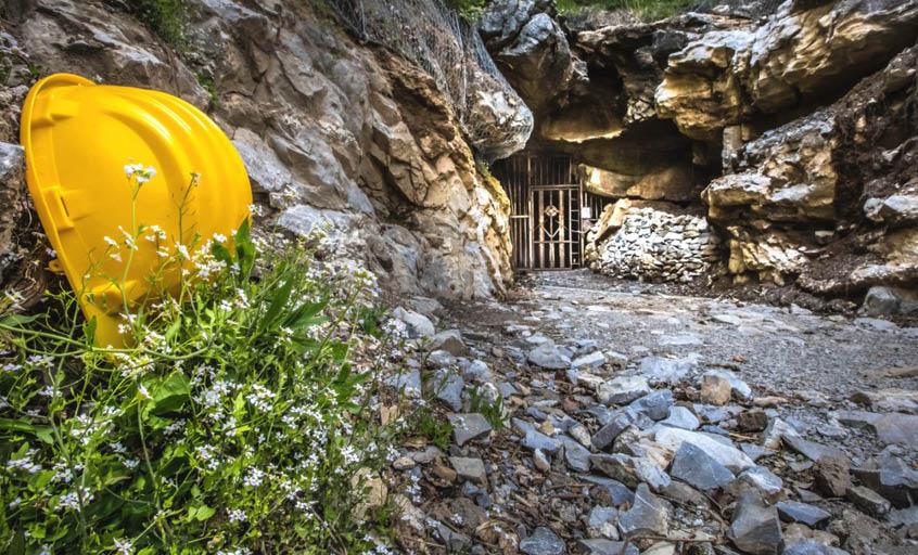 miniere di dossena ingresso