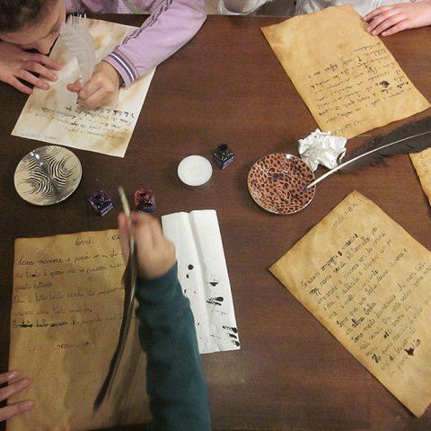 Scrivere lettere <br> Laboratorio per bambini